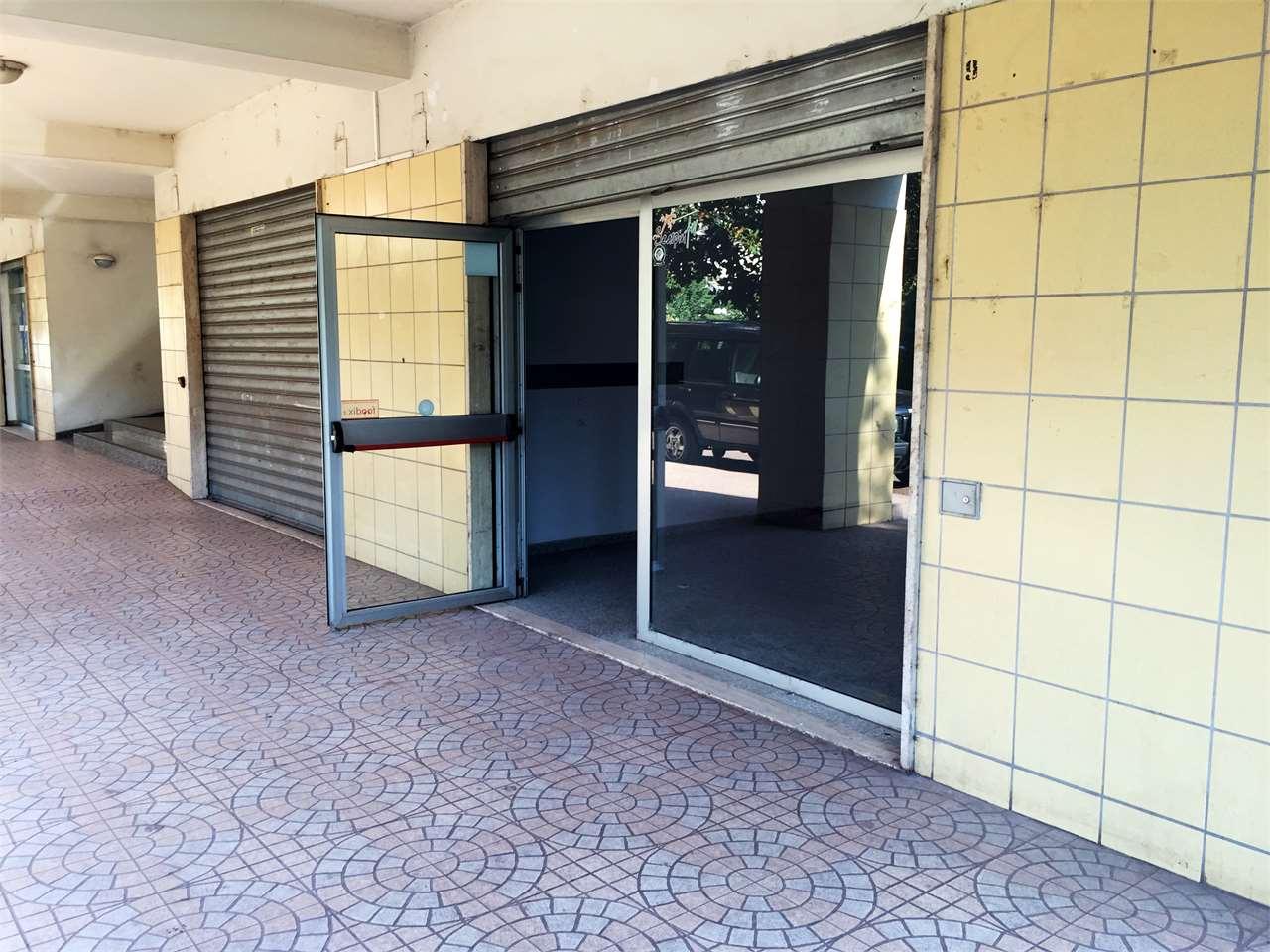 Magazzino in vendita a Rende, 9999 locali, zona Zona: Quattromiglia, prezzo € 150.000 | CambioCasa.it