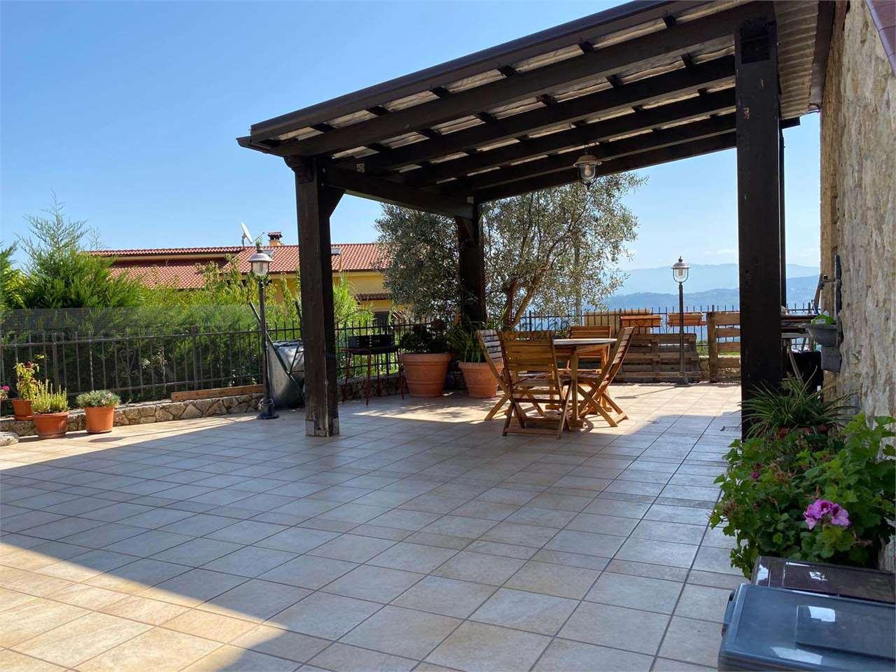 Villa a schiera Cerisano 499