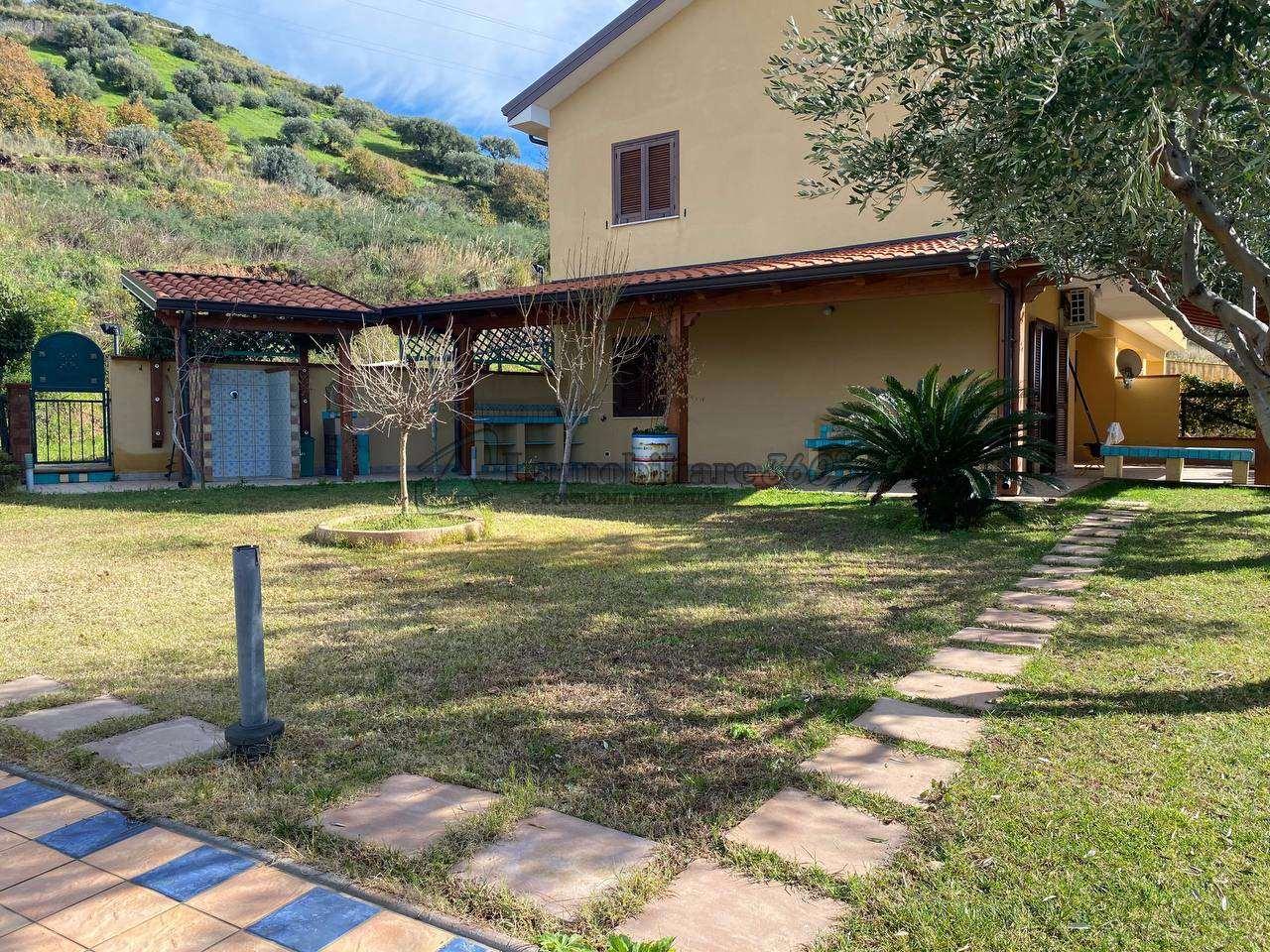 Villa o villino Bonifati 515