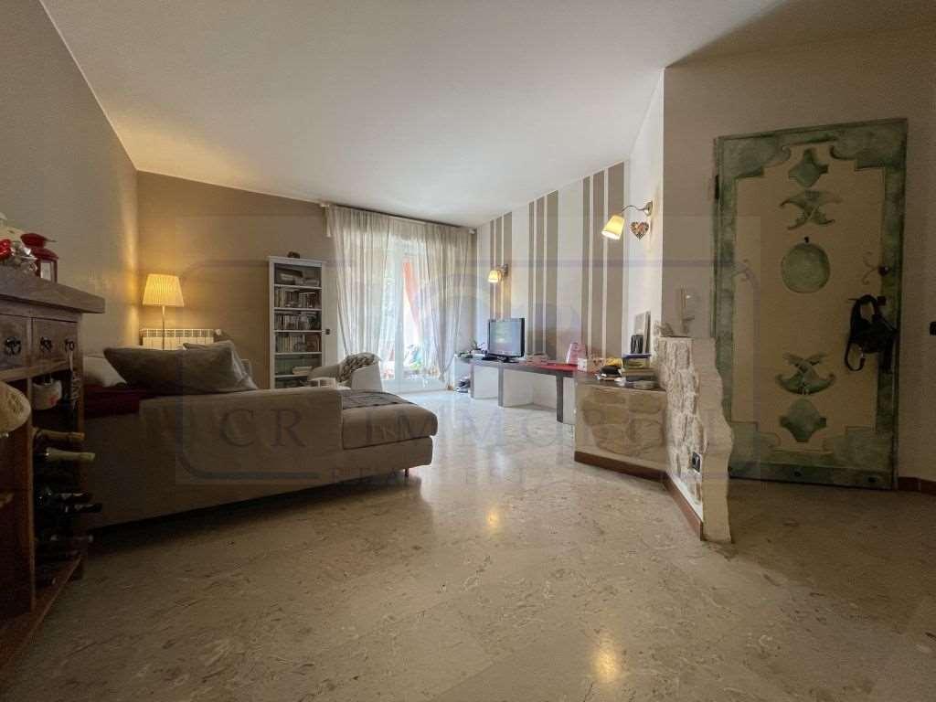 Vendita Trilocale Appartamento Arese Via Valera 31 260437