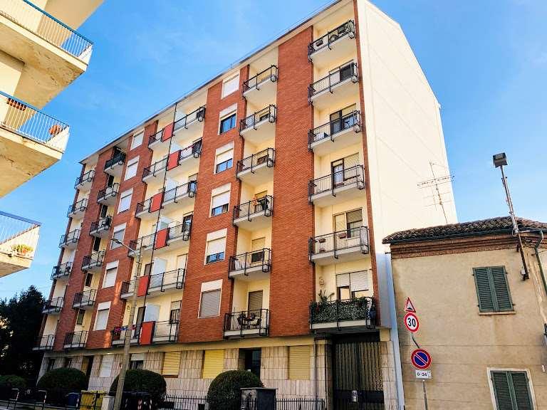 Vendita Bilocale Appartamento Chivasso Via Berruti  179809