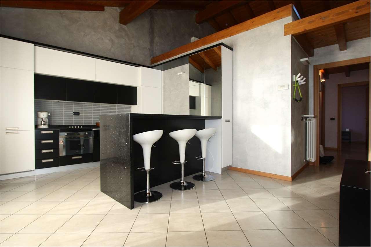 Appartamento in vendita a Zanica, 3 locali, prezzo € 145.000 | PortaleAgenzieImmobiliari.it