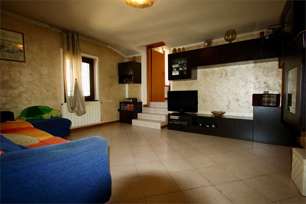 Appartamento in vendita a Zanica, 3 locali, prezzo € 65.000 | PortaleAgenzieImmobiliari.it