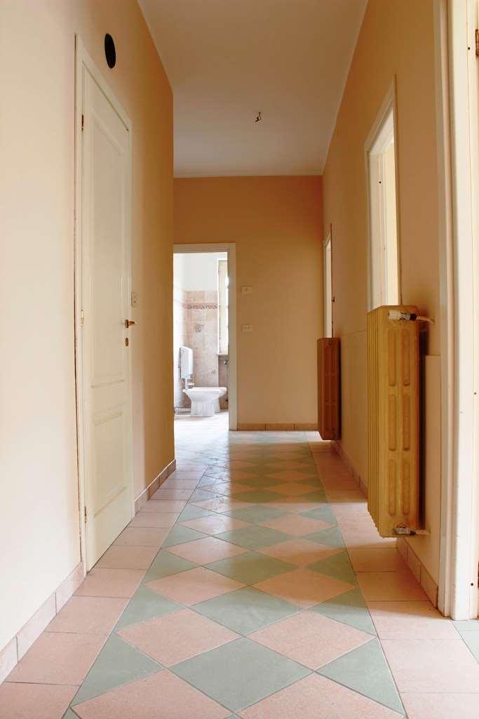 Appartamento in vendita a Cavallermaggiore, 3 locali, prezzo € 65.000 | CambioCasa.it