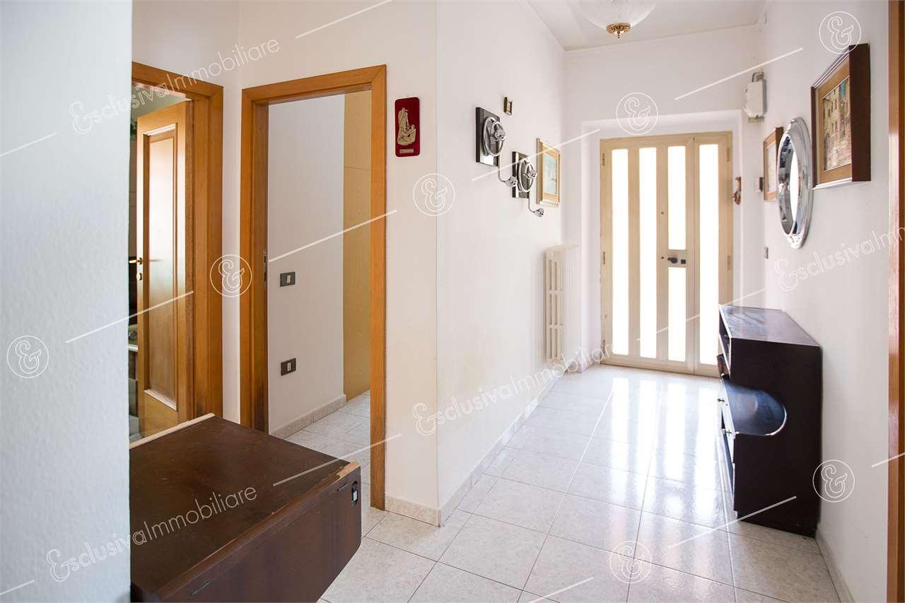 Appartamento Castelfidardo V0143