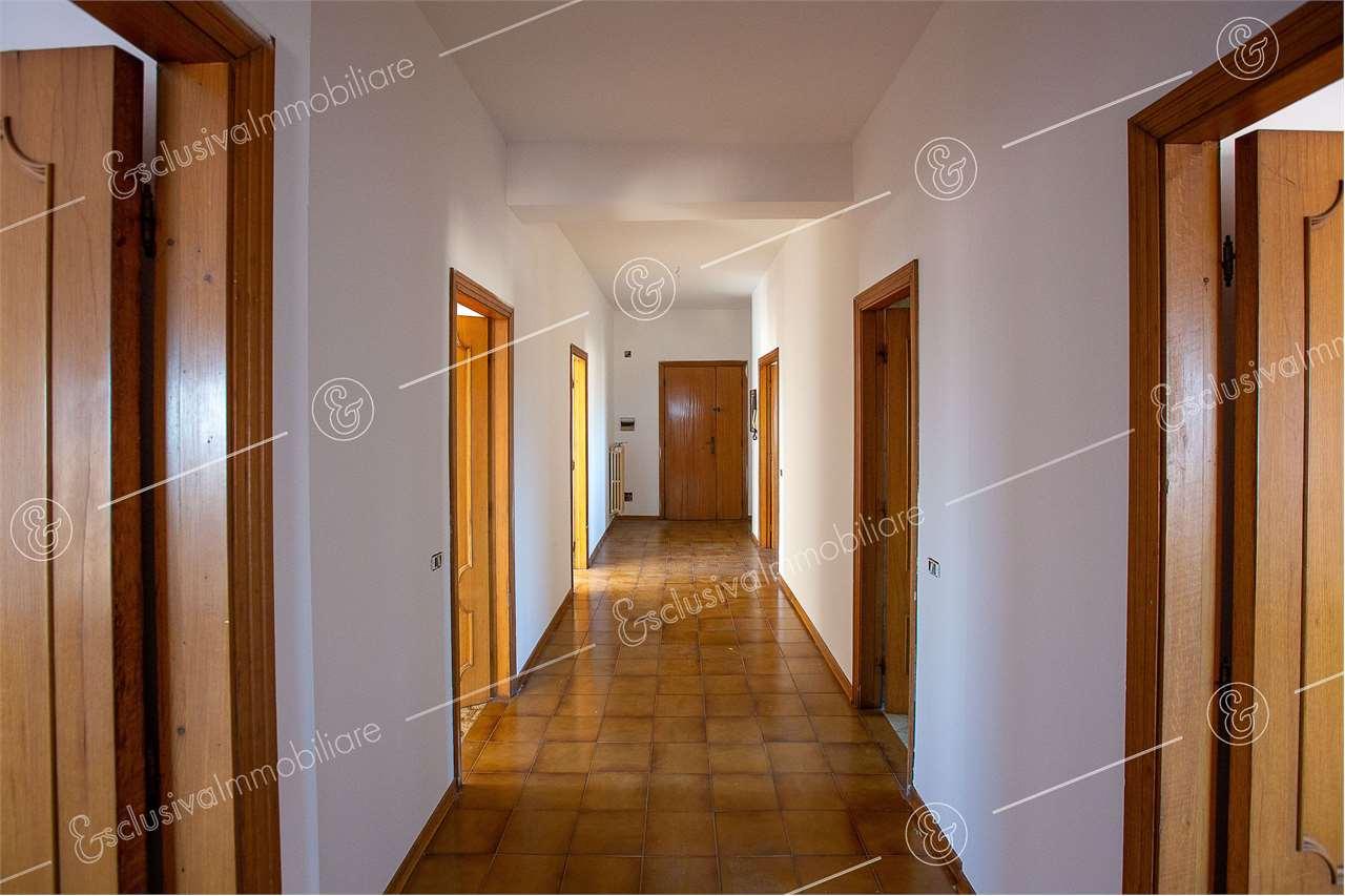 Appartamento Castelfidardo V0159