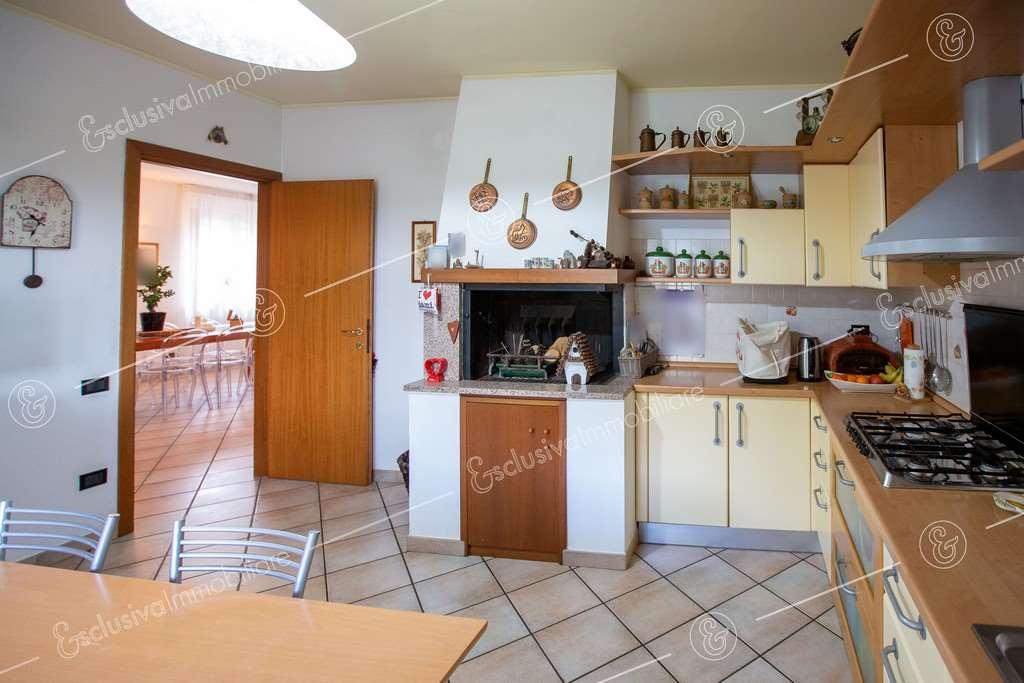 Villa singola Montefano V0184