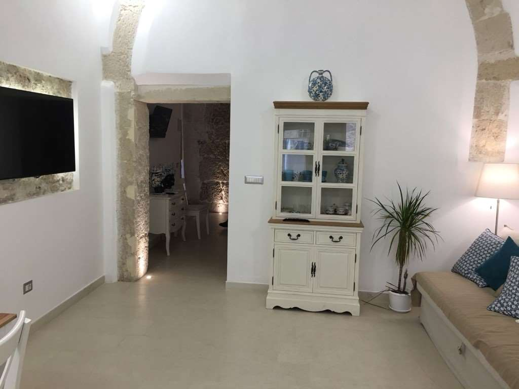 Appartamento in affitto a Siracusa, 2 locali, zona Zona: Ortigia, prezzo € 350 | CambioCasa.it