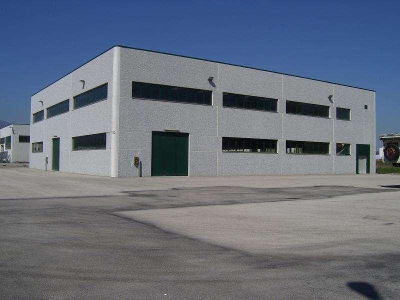 Ufficio / Studio in affitto a Lurate Caccivio, 9999 locali, prezzo € 600 | CambioCasa.it