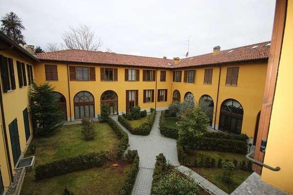 Vendita Quadrilocale Appartamento Appiano Gentile 229805