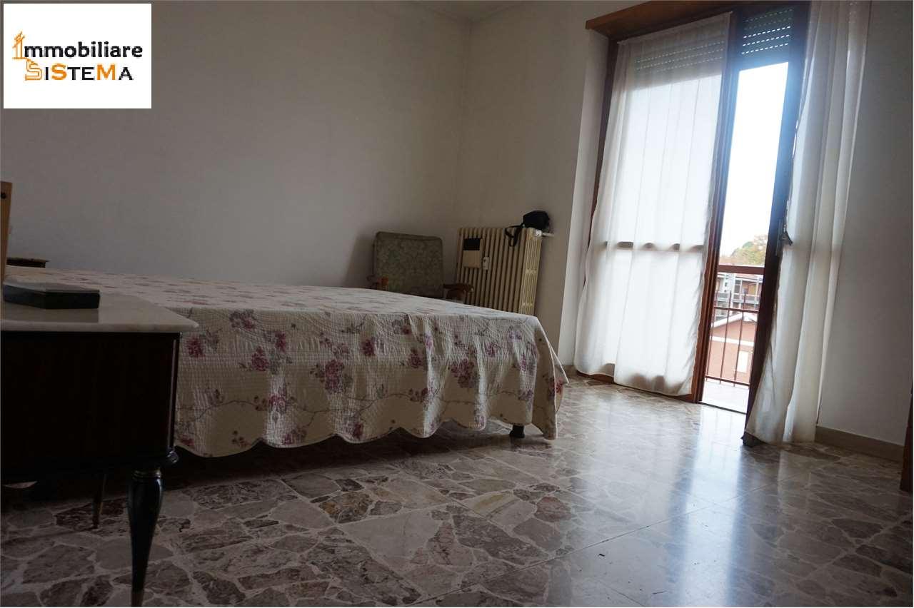 Appartamento in affitto a Santena, 3 locali, prezzo € 380 | CambioCasa.it