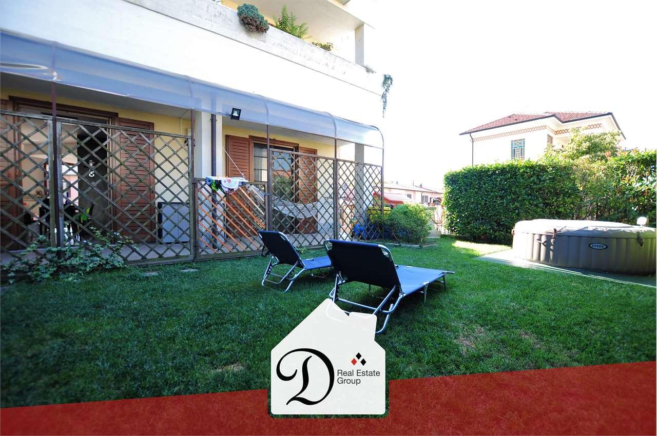 Appartamento in vendita a Besnate, 3 locali, prezzo € 165.000   CambioCasa.it