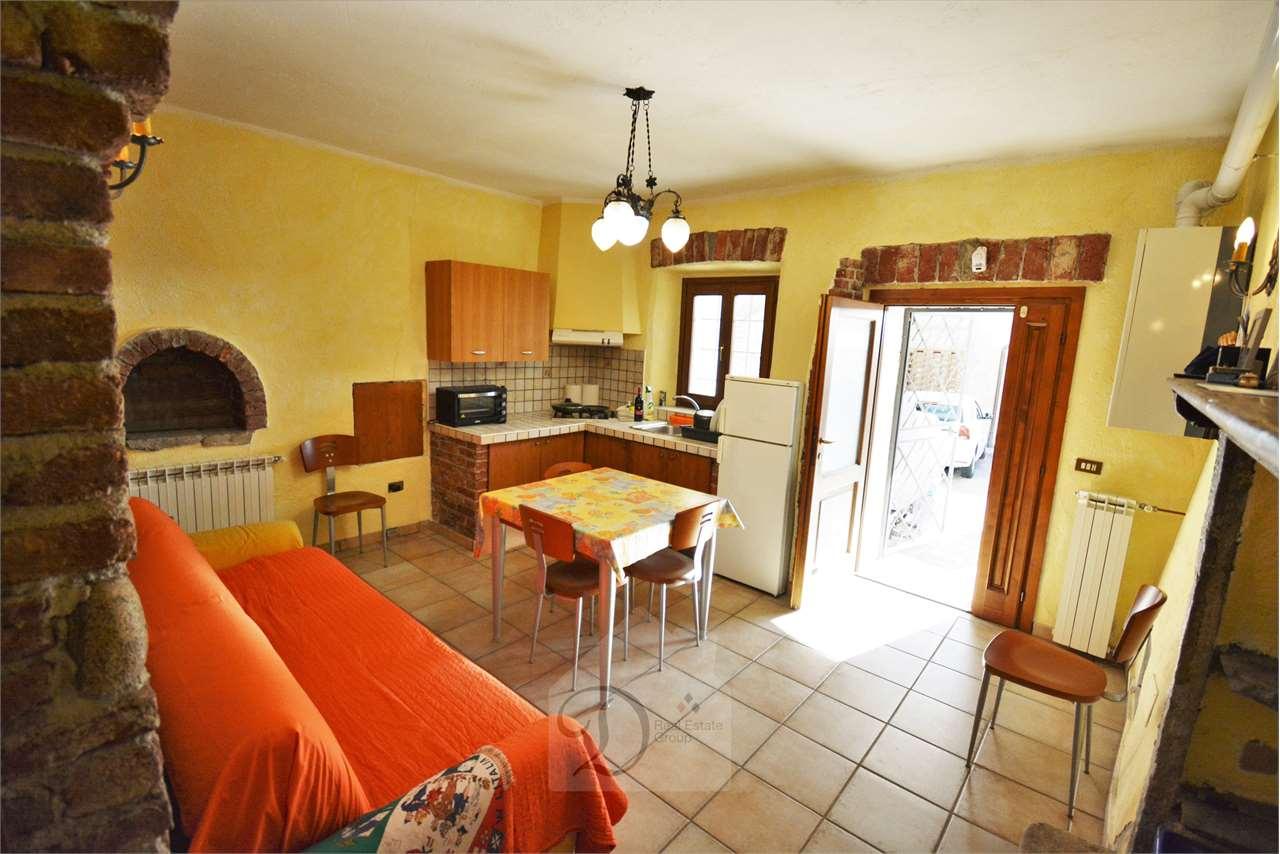 Appartamento in vendita a Sumirago, 2 locali, prezzo € 48.000 | CambioCasa.it