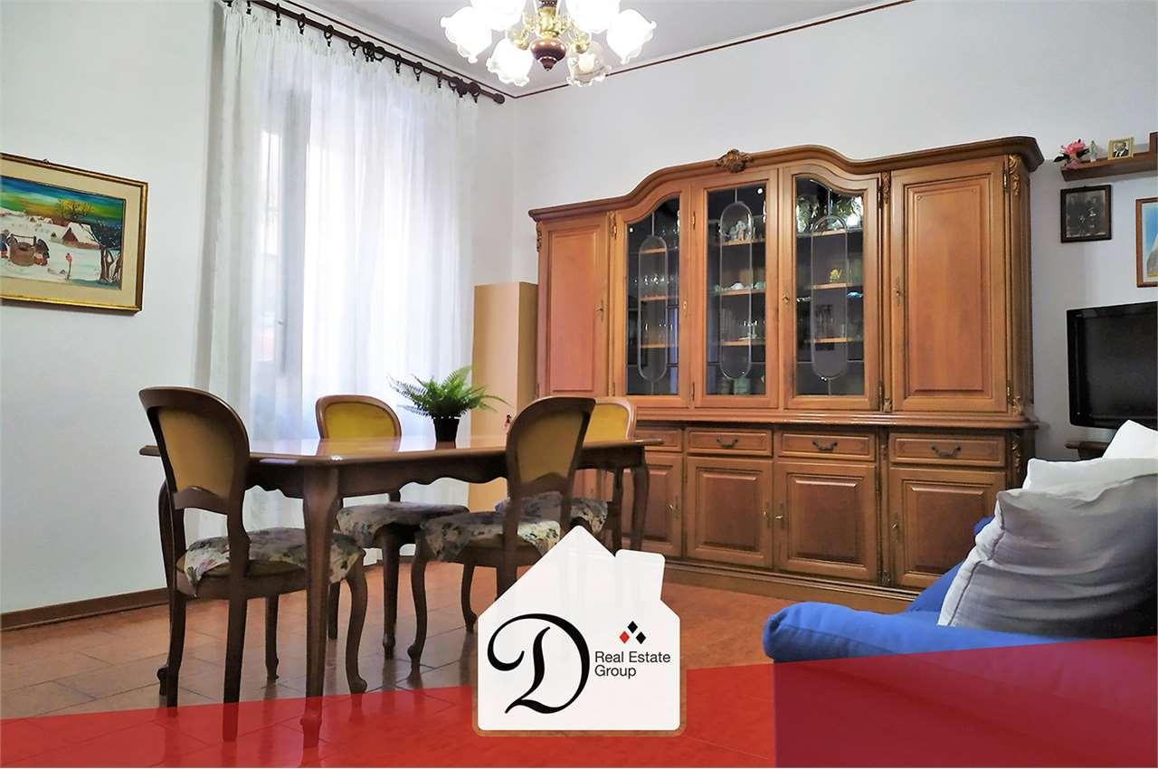 Appartamento in vendita a Gazzada Schianno, 5 locali, prezzo € 105.000 | PortaleAgenzieImmobiliari.it
