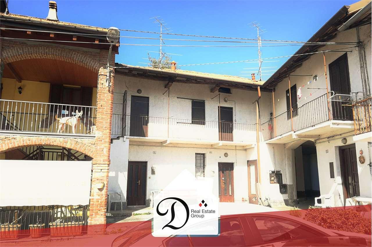 Appartamento in vendita a Castronno, 3 locali, prezzo € 35.000 | CambioCasa.it
