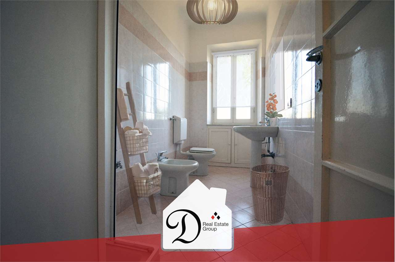 Appartamento in vendita a Albizzate, 3 locali, prezzo € 50.000 | CambioCasa.it