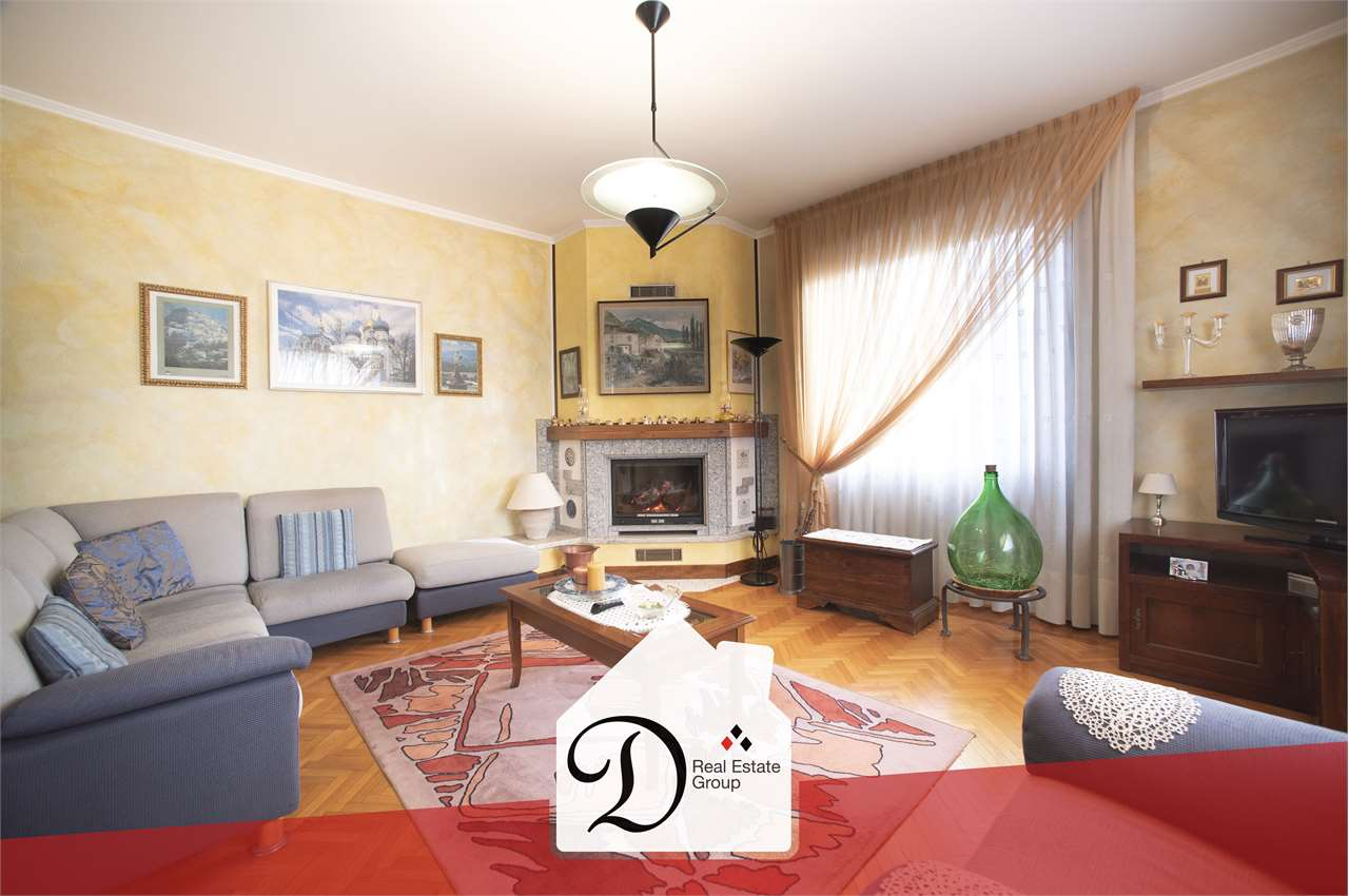 Villa in vendita a Albizzate, 9 locali, prezzo € 295.000   PortaleAgenzieImmobiliari.it