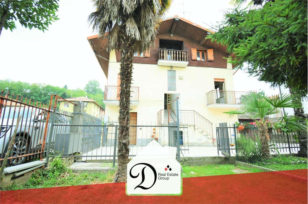 Villa Bifamiliare in vendita a Castronno, 5 locali, prezzo € 80.000   CambioCasa.it