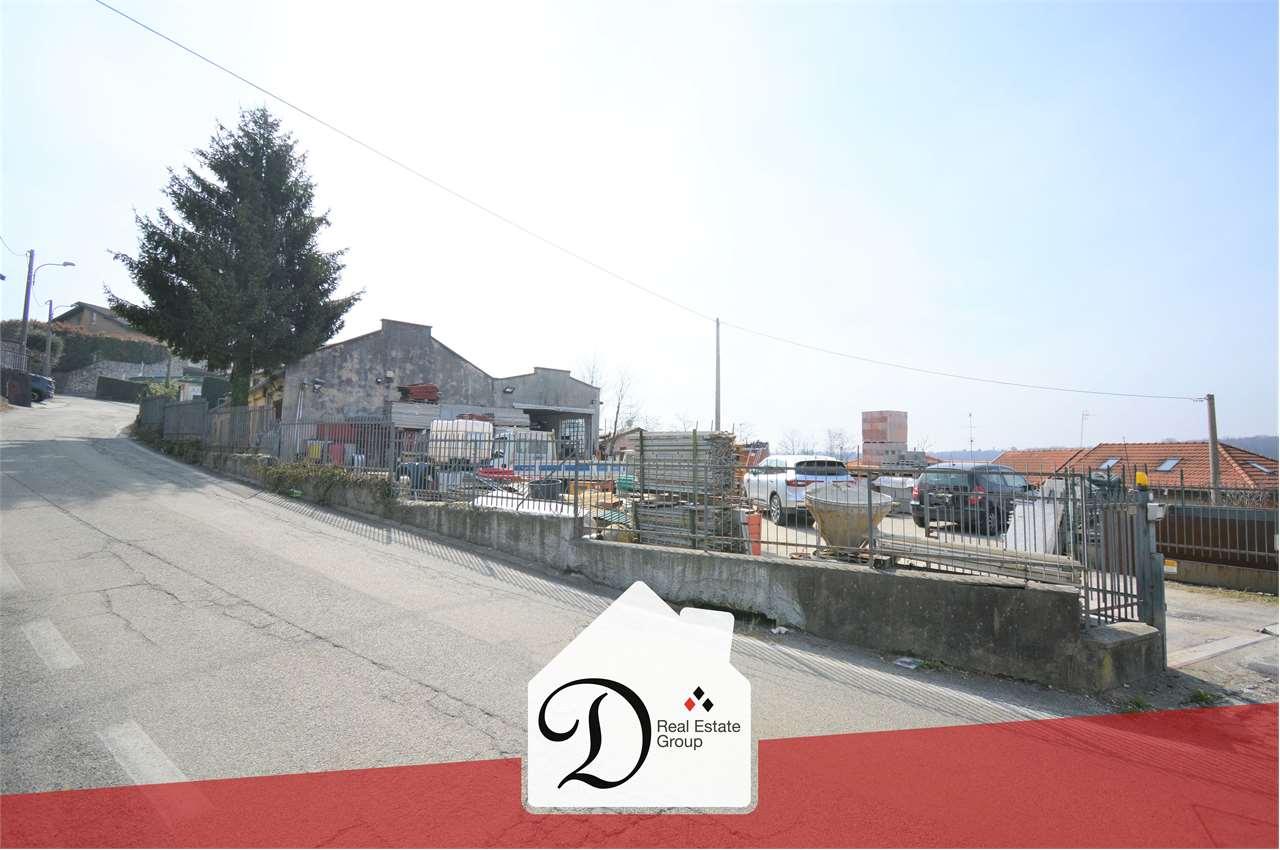 Magazzino in vendita a Castronno, 3 locali, prezzo € 200.000 | CambioCasa.it