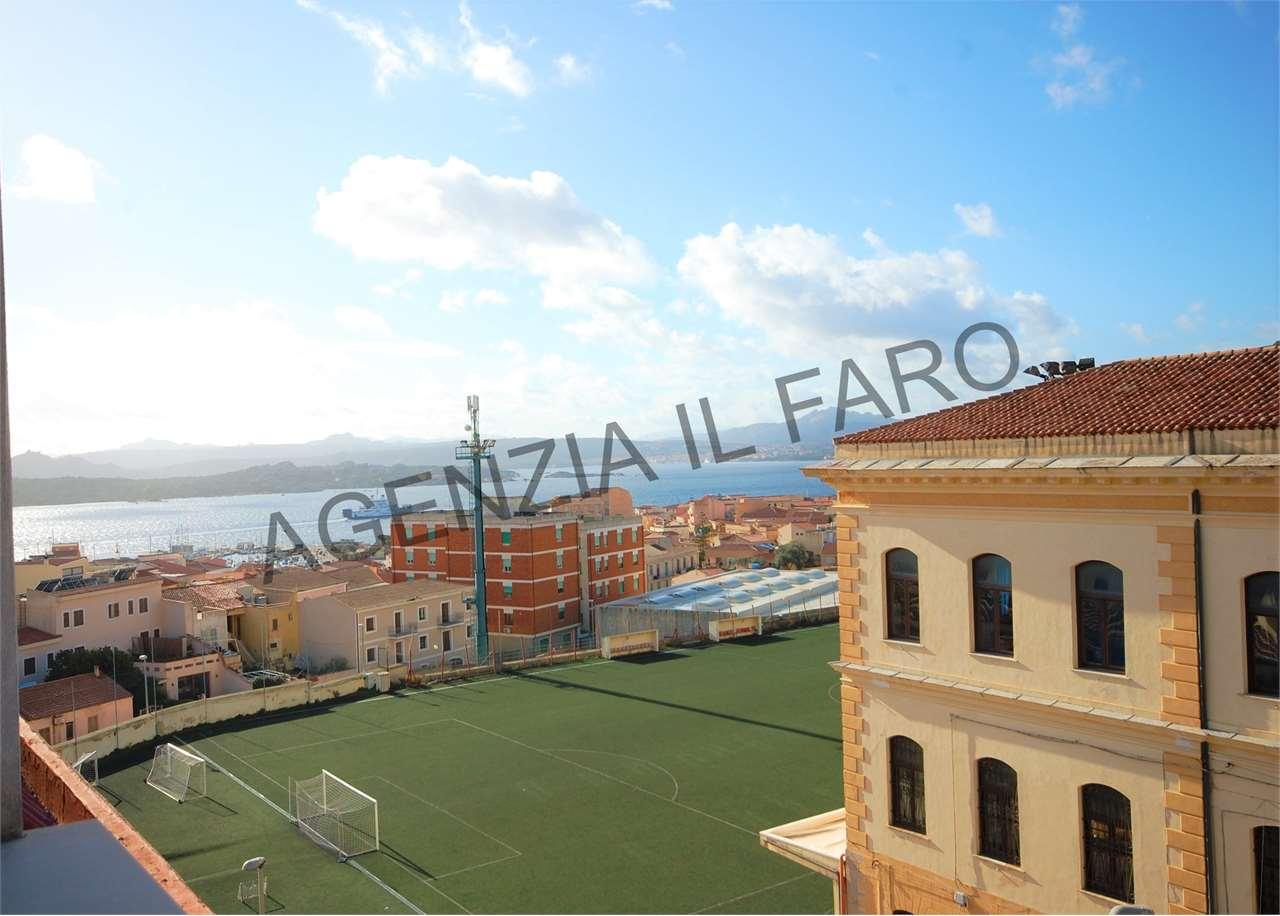 Attico / Mansarda in vendita a La Maddalena, 5 locali, prezzo € 190.000 | PortaleAgenzieImmobiliari.it