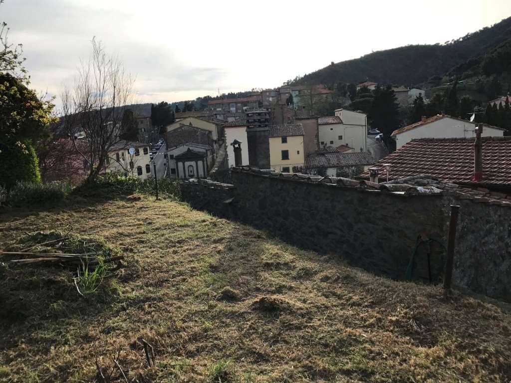 Porzione di casa a Montecatini Val di Cecina