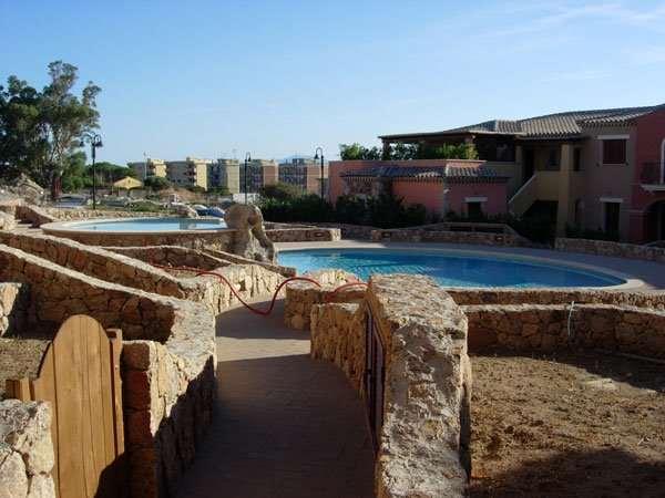 Appartamento in vendita a Golfo Aranci, 3 locali, prezzo € 450.000 | CambioCasa.it