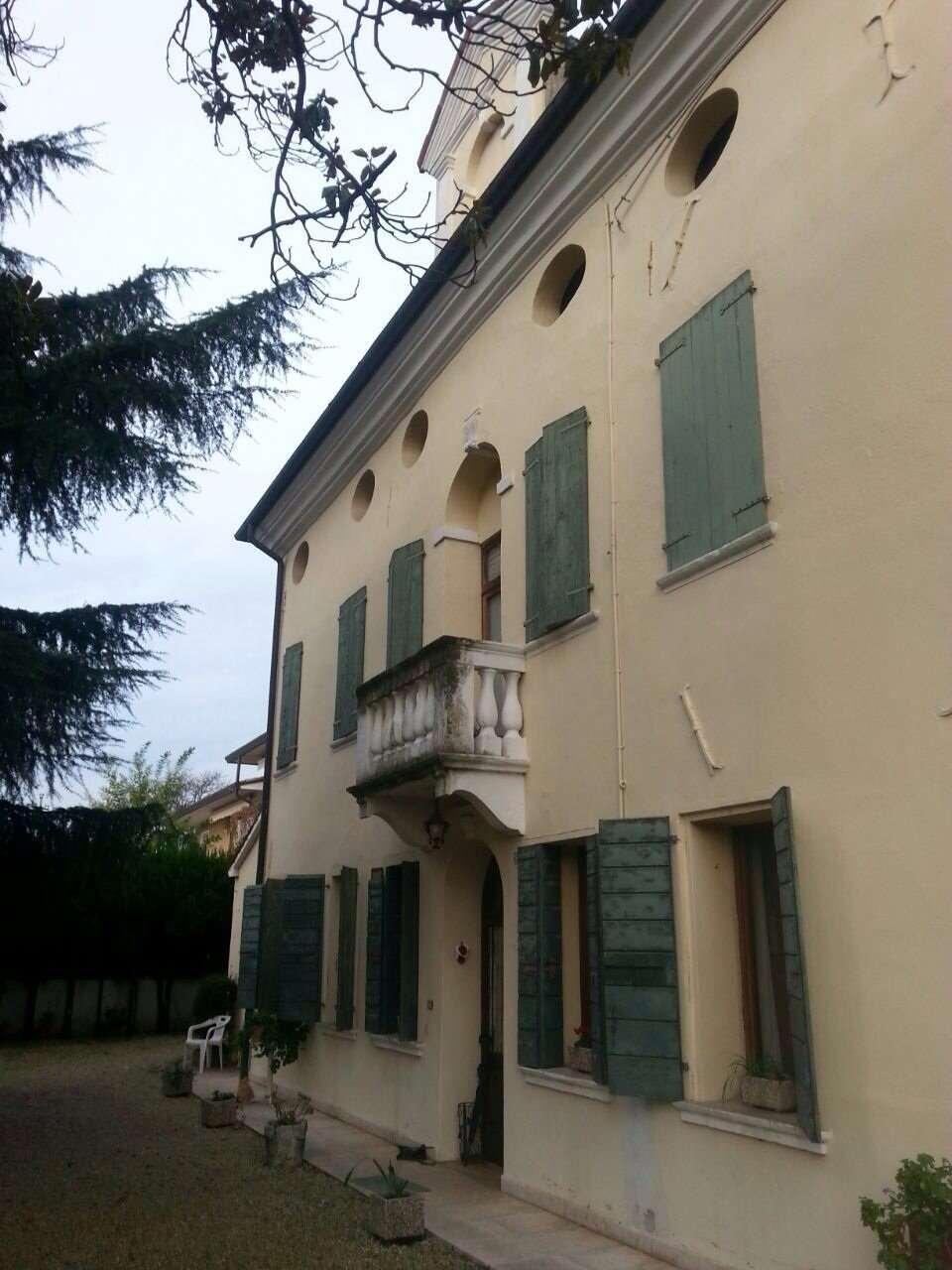 vendita villa montebelluna posmon  10 locali  564 mq