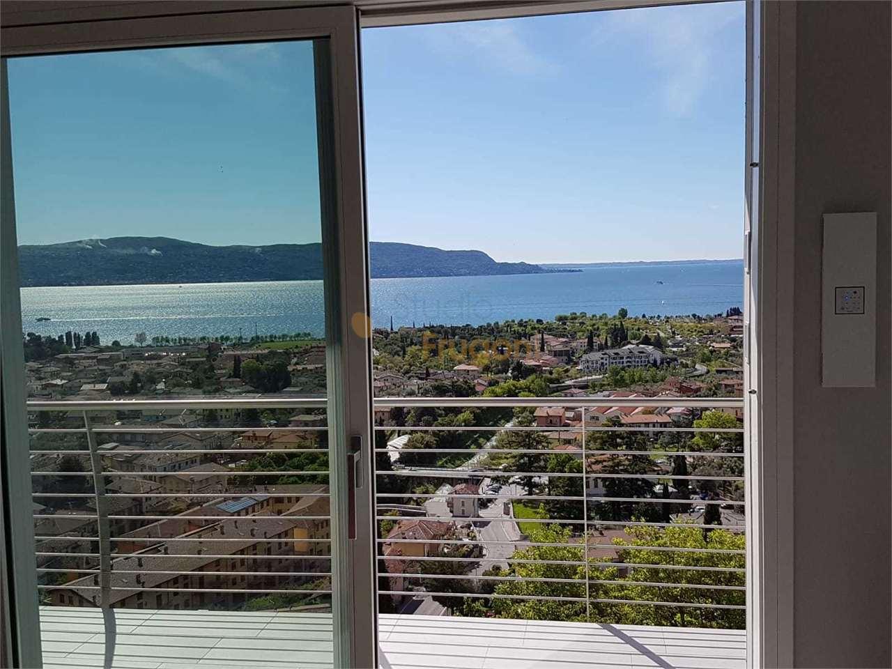 Appartamento in vendita a Toscolano-Maderno, 3 locali, prezzo € 400.000 | PortaleAgenzieImmobiliari.it
