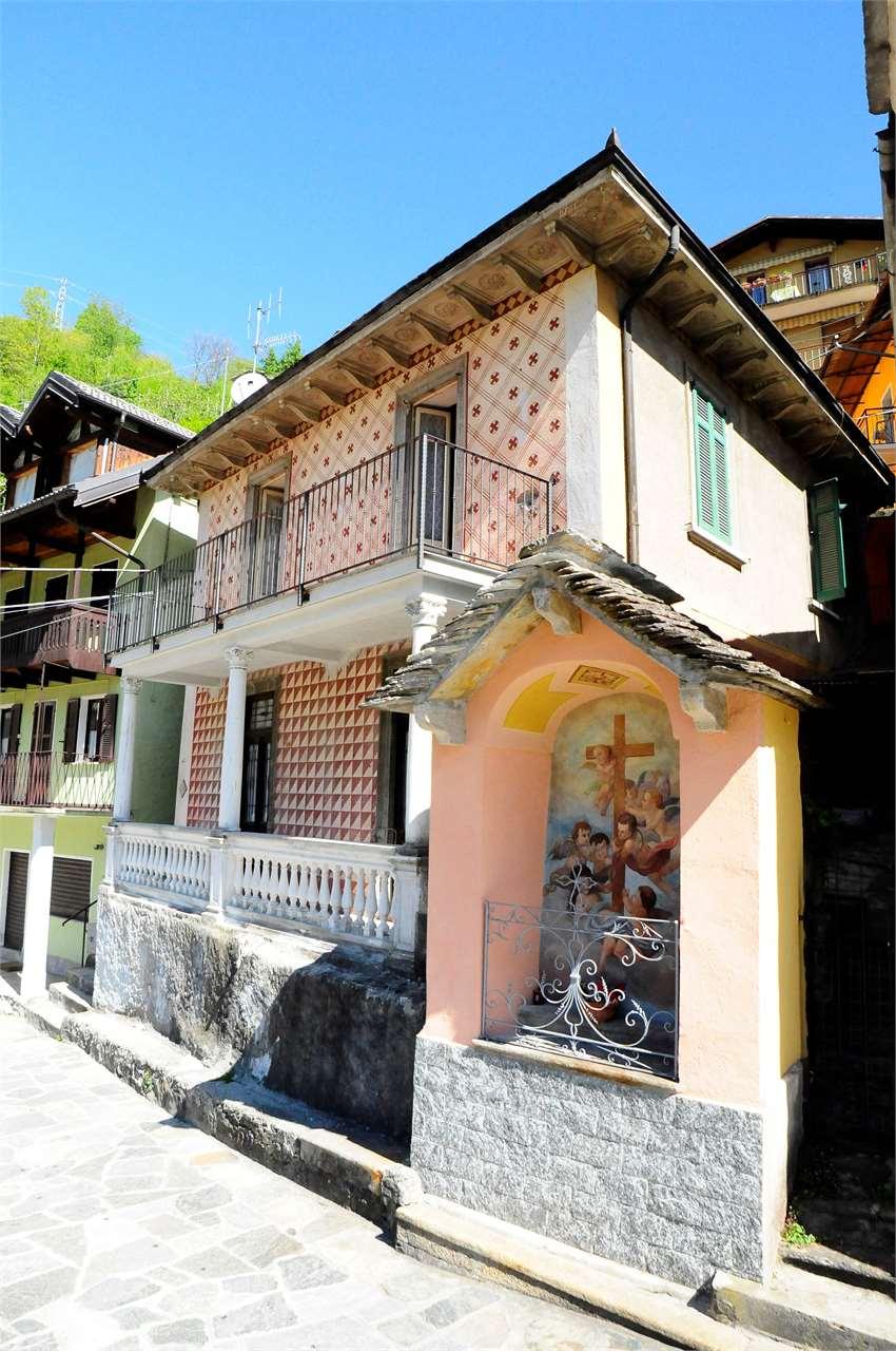 Foto 1 di Casa indipendente via borghese, Calasca Castiglione