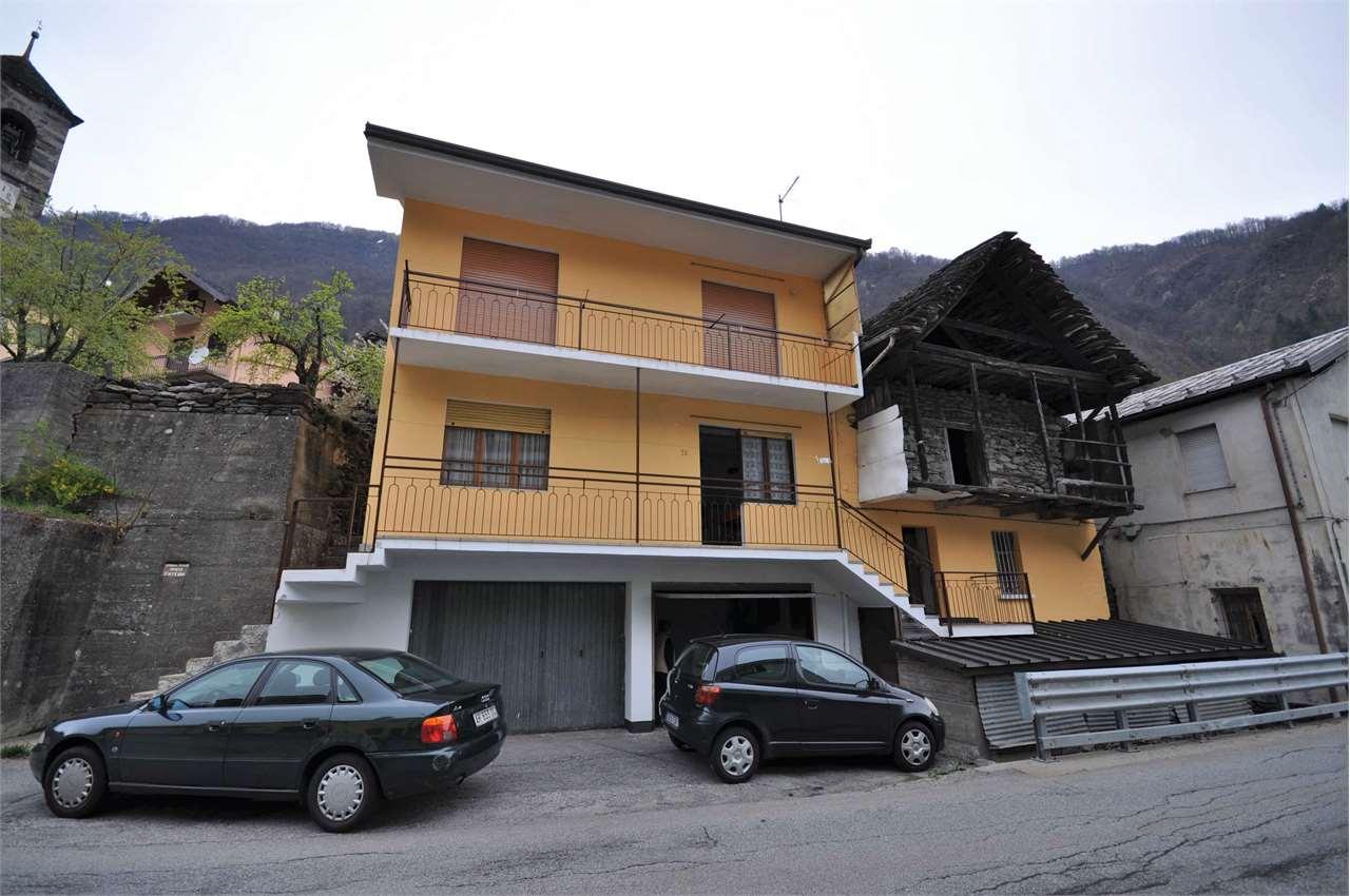 Foto 1 di Casa indipendente Via Provinciale 24, Viganella