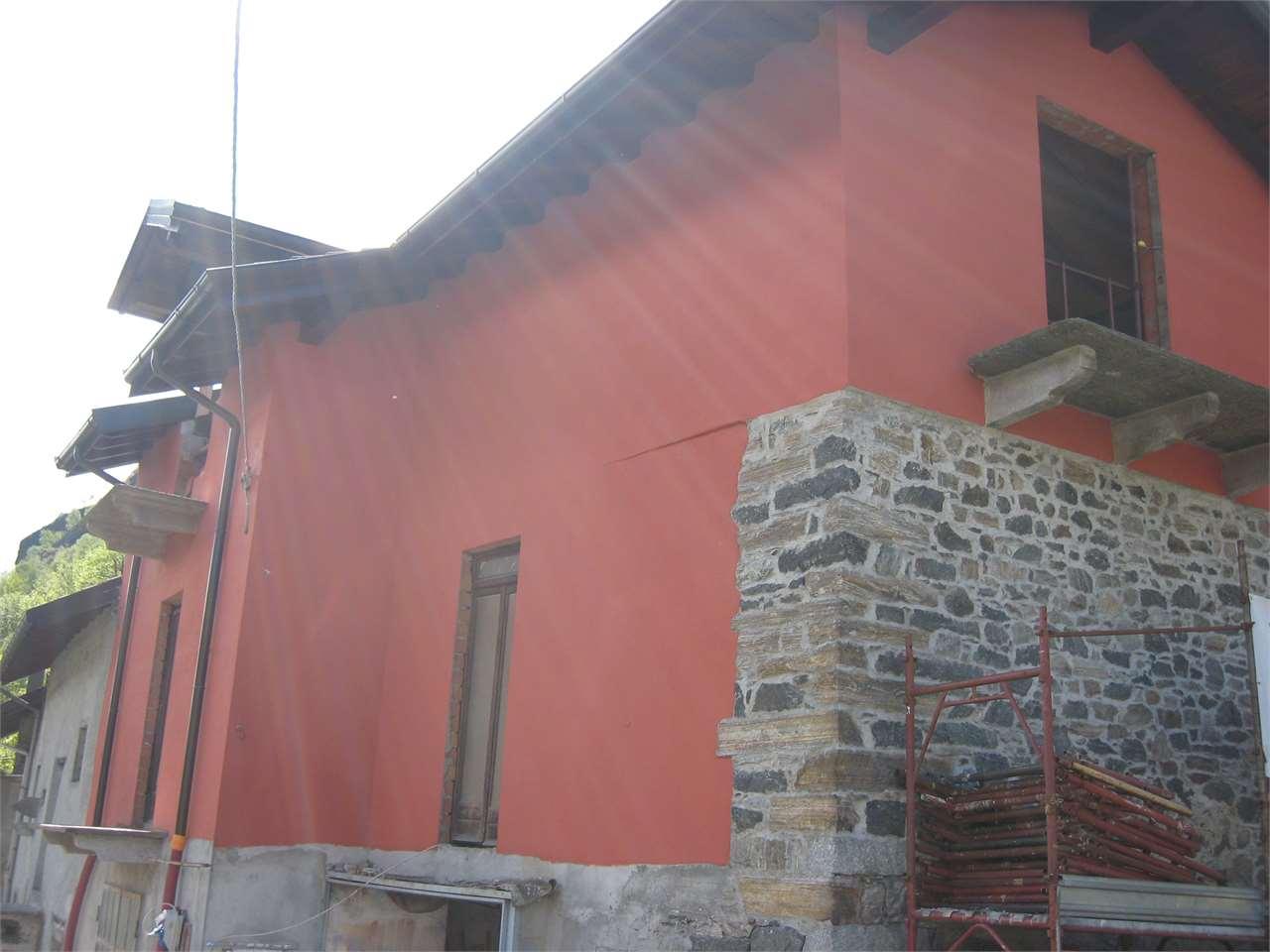 Foto 1 di Casa indipendente VIA TALAMONI, Anzola D'ossola