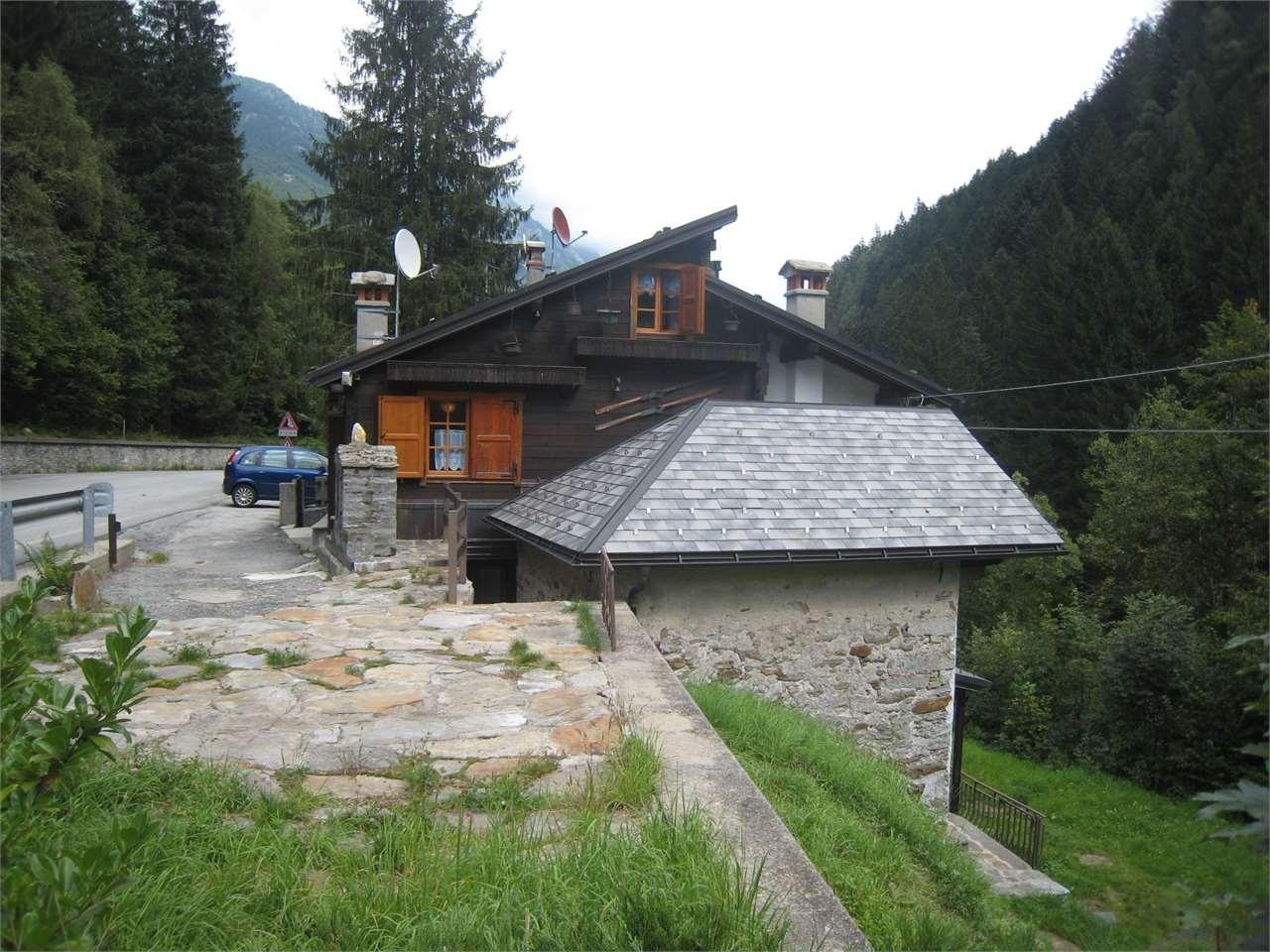 Vendita Casa Indipendente Casa/Villa Macugnaga strada statale 549 504 34760