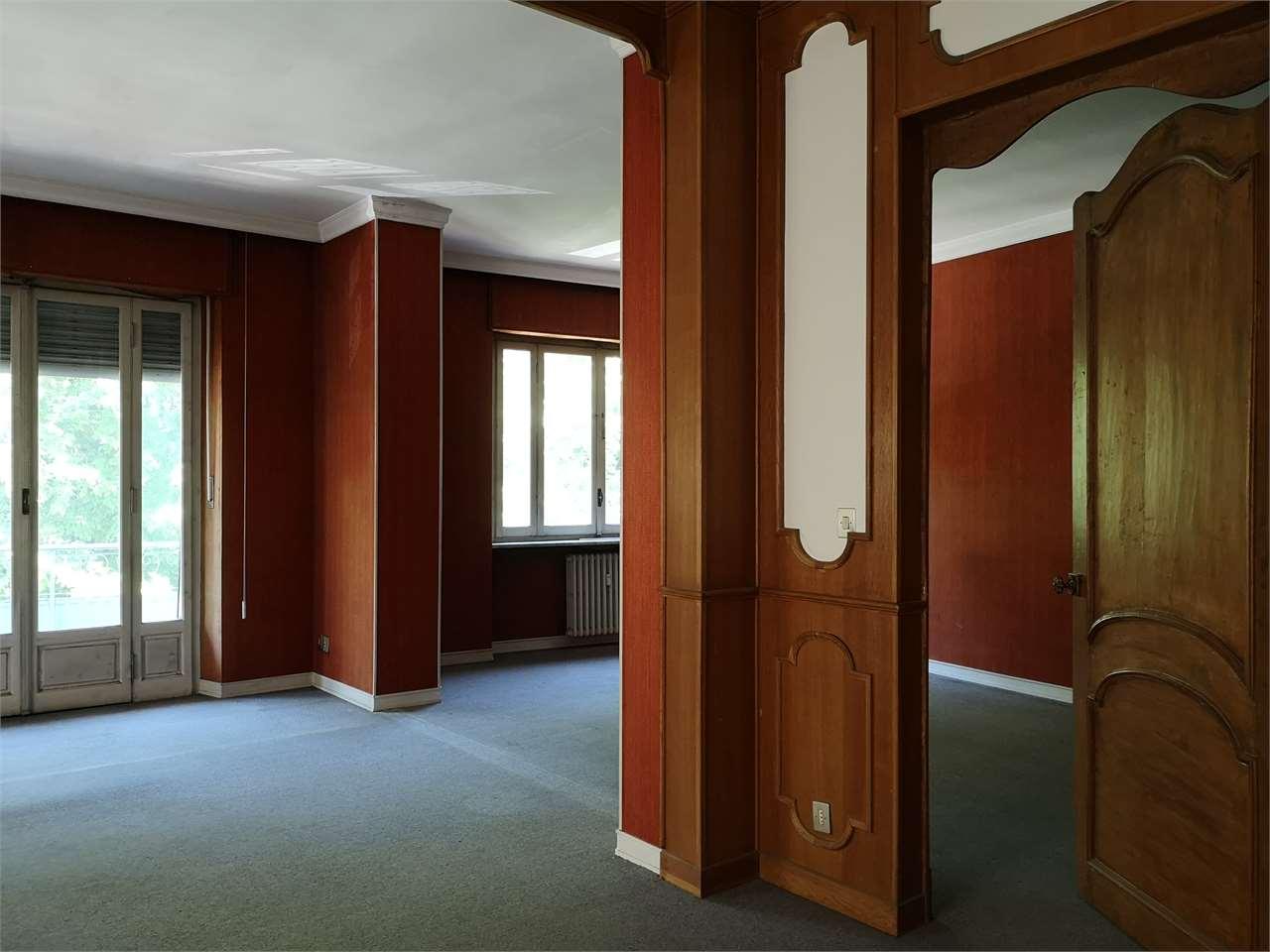 Vendita Quadrilocale Appartamento Asti via rosselli  196481