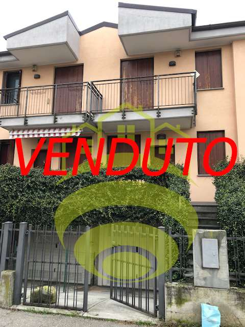 Vendita Villetta a schiera Casa/Villa Cerro al Lambro via alpi 14 101343