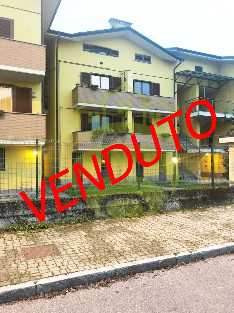 Appartamento in vendita a Carpiano, 1 locali, prezzo € 60.000 | CambioCasa.it