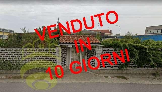 Villa in vendita a Mediglia, 4 locali, zona Zona: Triginto, prezzo € 117.000 | CambioCasa.it