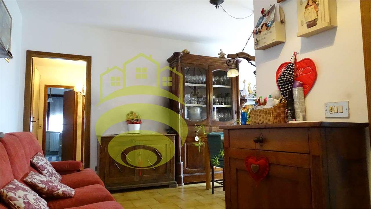 Vendita Trilocale Appartamento Cerro al Lambro via vincenzo monti  2 268783
