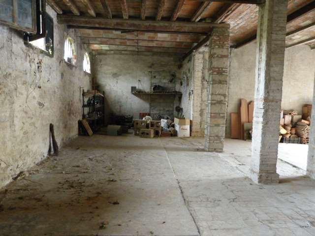 Negozio / Locale in vendita a Subbiano, 1 locali, prezzo € 70.000 | CambioCasa.it