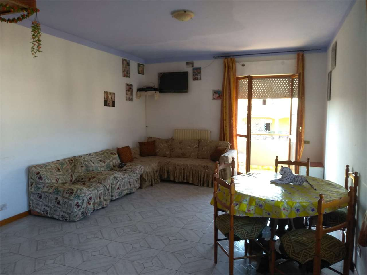Appartamento in vendita a Morrovalle, 4 locali, zona Zona: Trodica, prezzo € 90.000   CambioCasa.it