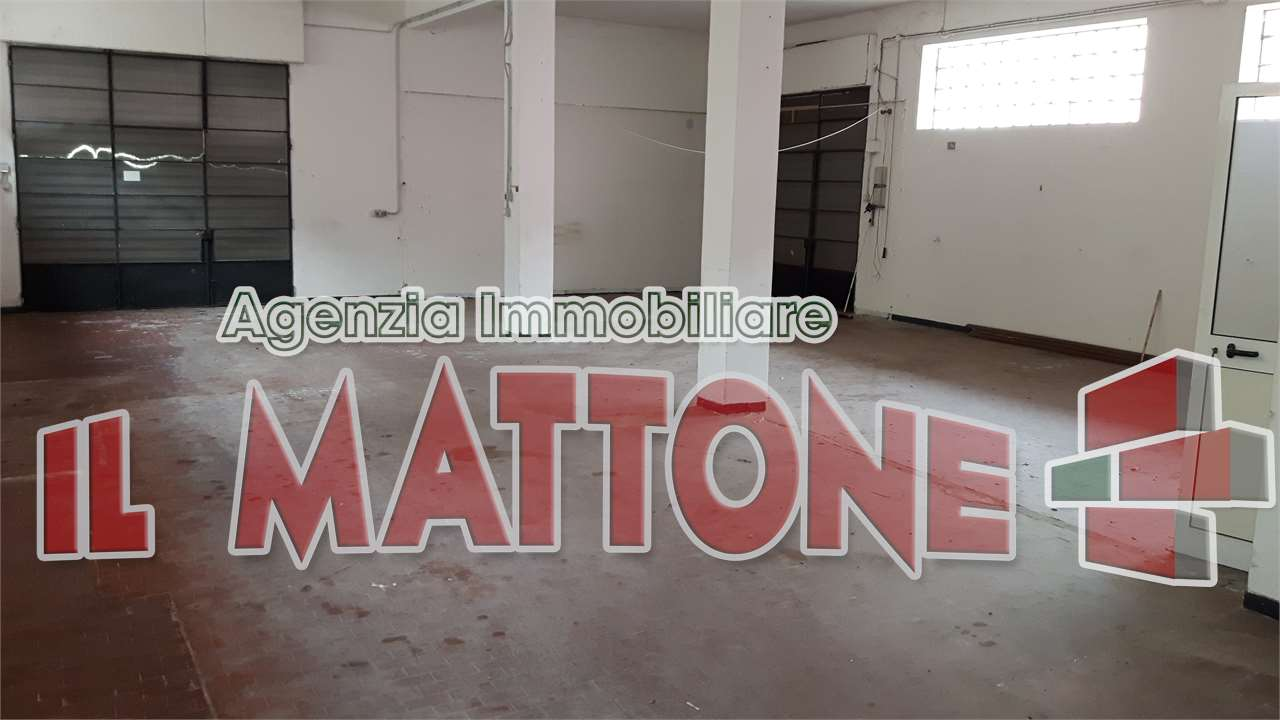 Capannone Industriale in Affitto Mignanego