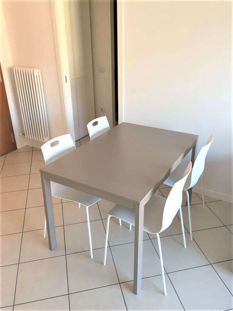 Foto appartamento in vendita a Rovereto (Trento)