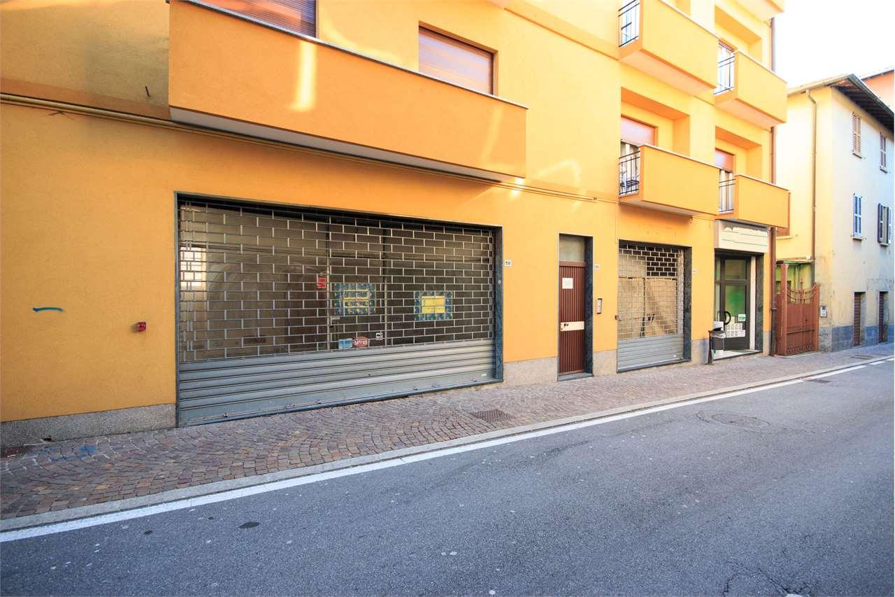 Negozio / Locale in affitto a Olgiate Comasco, 2 locali, prezzo € 900 | CambioCasa.it