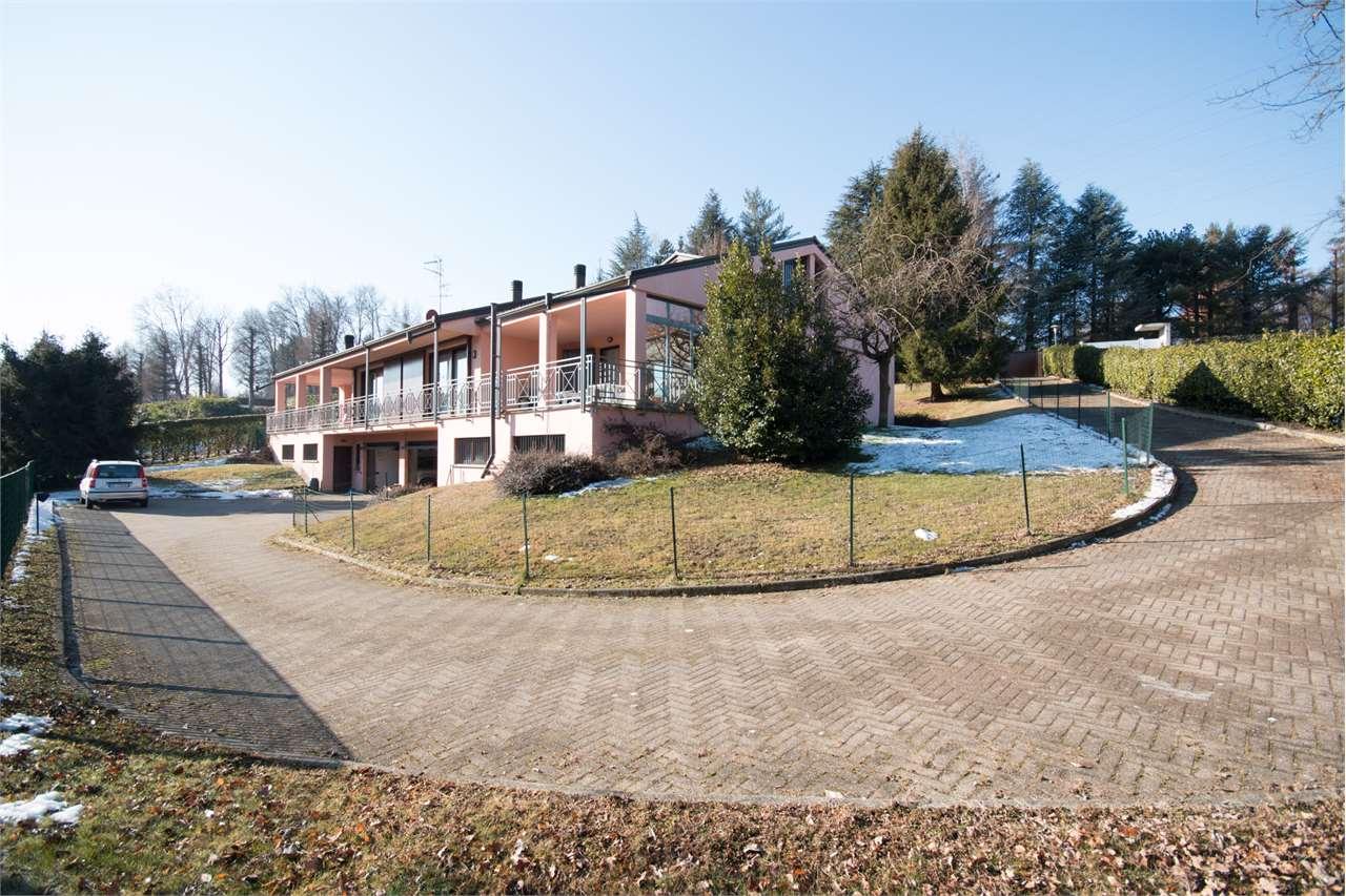 Villa in Vendita a Guanzate