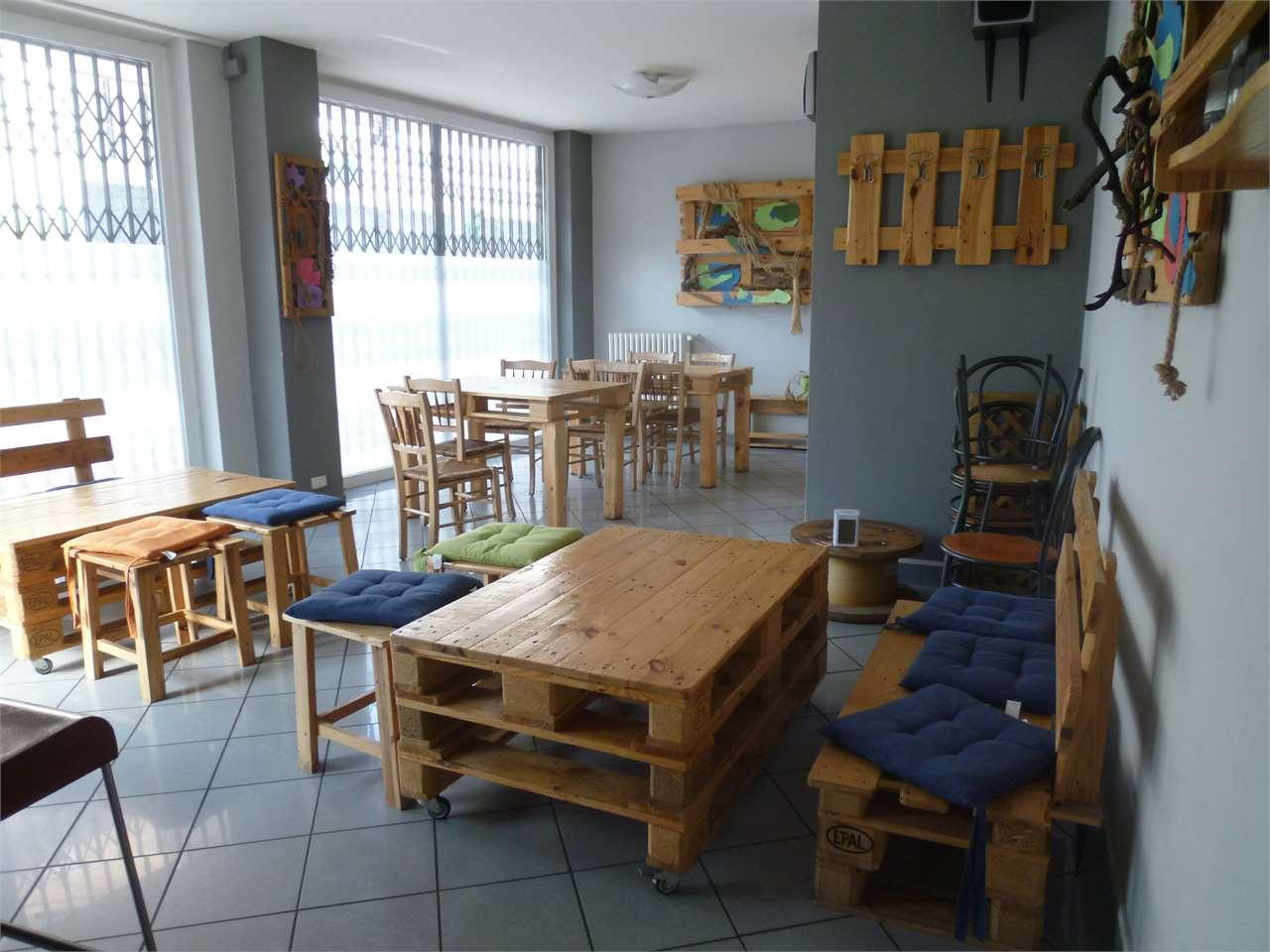 Negozio / Locale in affitto a Cadorago, 1 locali, prezzo € 550 | CambioCasa.it