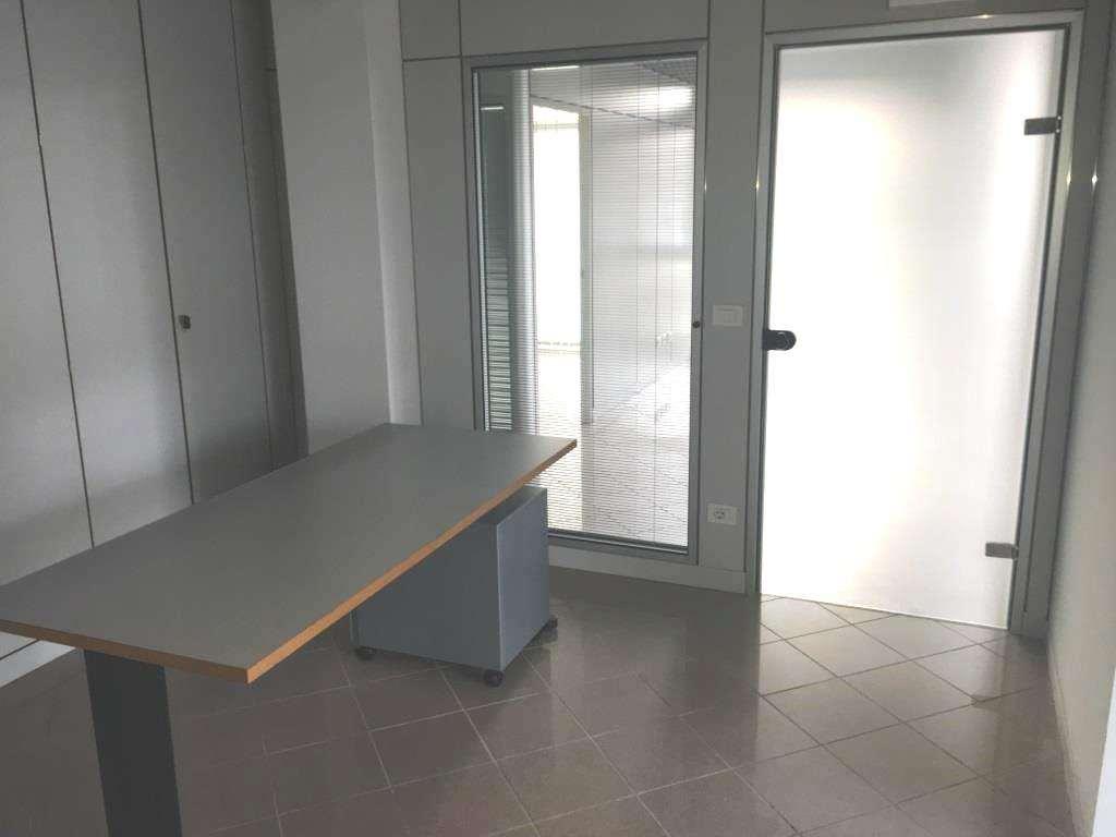 Negozio / Locale in affitto a Savignano sul Panaro, 9999 locali, zona Zona: Formiche, prezzo € 2.000 | CambioCasa.it