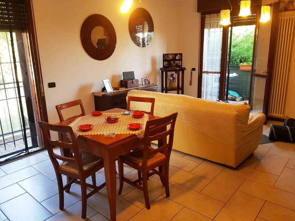 Appartamento in vendita a Guiglia, 3 locali, prezzo € 120.000   CambioCasa.it