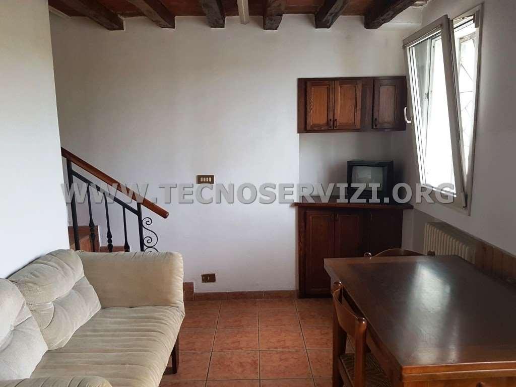 Appartamento in vendita a Savignano sul Panaro, 3 locali, zona Zona: Magazzino, prezzo € 60.000 | CambioCasa.it