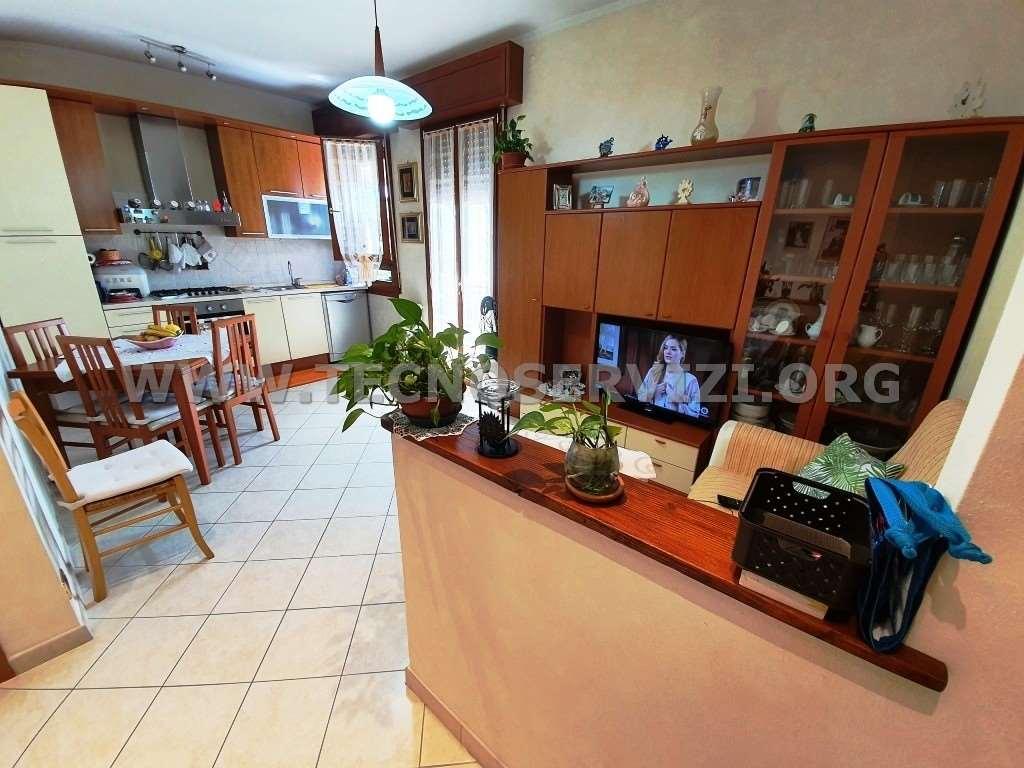 Appartamento in vendita a Savignano sul Panaro, 3 locali, zona Zona: Formiche, prezzo € 110.000 | CambioCasa.it