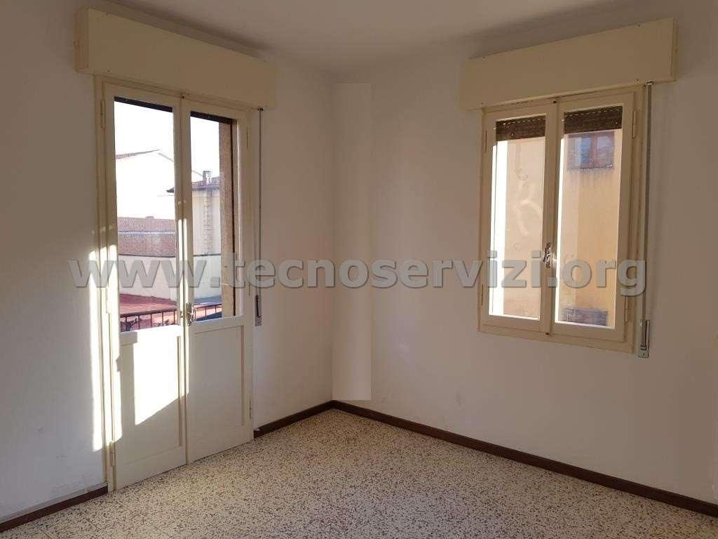 Appartamento in affitto a Savignano sul Panaro, 2 locali, zona Zona: Doccia, prezzo € 350 | CambioCasa.it