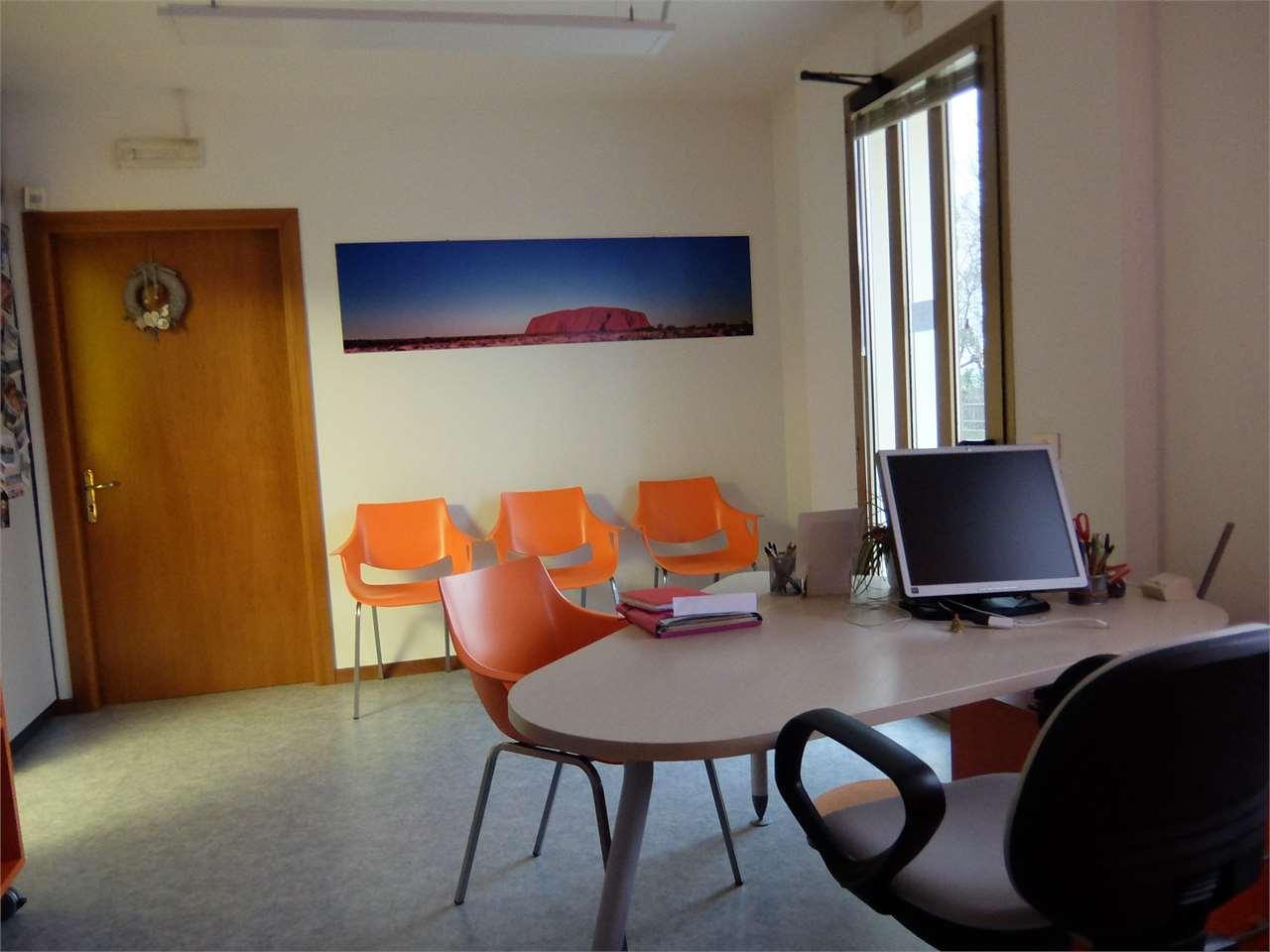 Ufficio / Studio in affitto a Oderzo, 4 locali, prezzo € 800   CambioCasa.it